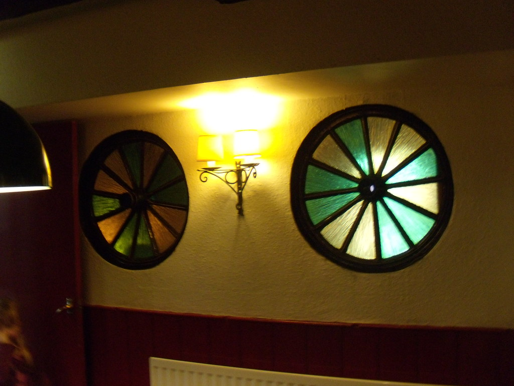 Wheel windows In the Bell and Jorrocks, Frittenden. Staplehurst to Headcorn