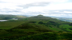 From East Lomond summit looking west