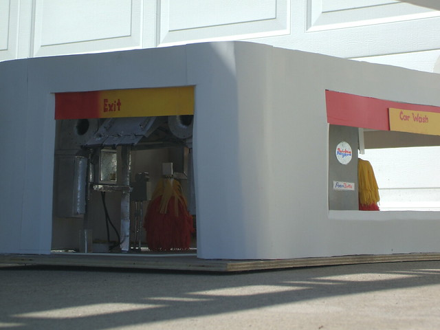 Shell Car Wash http://www.flickr.com/photos/34266678@N08/5835350032/