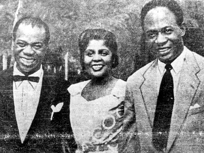 Louis Armstrong And His Orchestra - I'm In The Mood For Love / You Are My Lucky Star