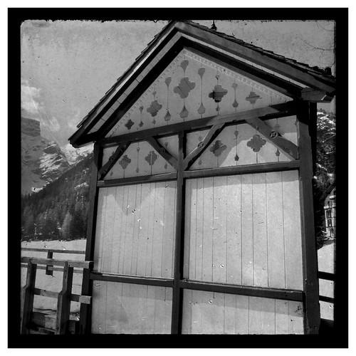 Cottage sul lago di braies idee matteo tarenghi for Idee di progettazione cottage lago