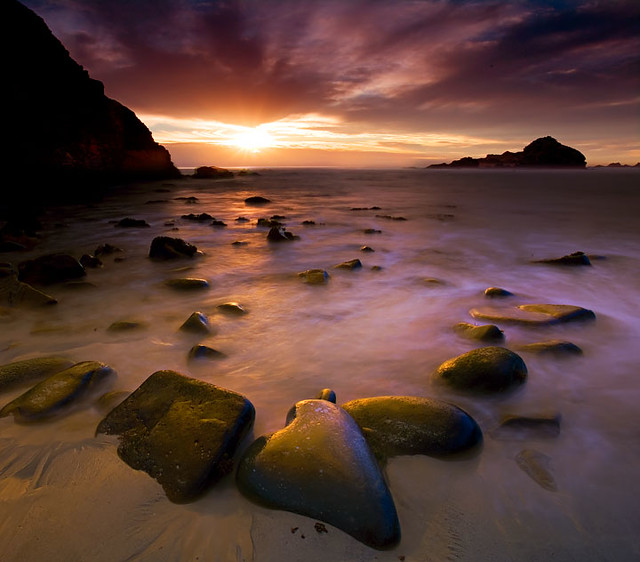 15 Beautiful Images Of Rocky Beaches