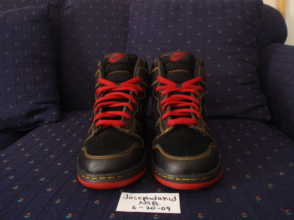 newest 7cecf 02b1b Nike Dunk High SB Unlucky 13