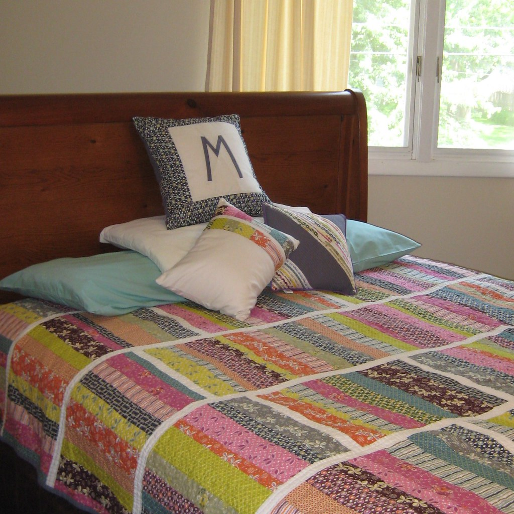Our new quilt and pillows!