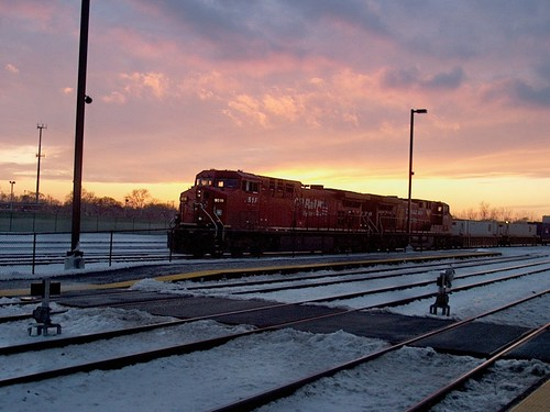 Eastbound Canadian Pacific intermodal train in a winter sunset environment. Chicago Illinois. December 2006. by Eddie from Chicago