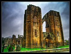 Elgin Cathedral 01