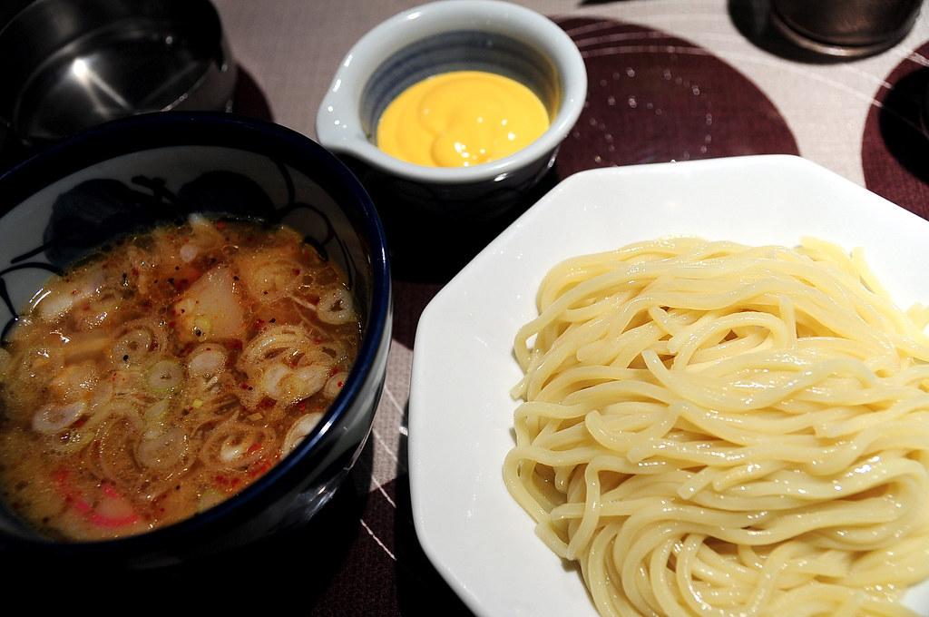 三ツ矢堂製麺-濃厚チーズソースつけめん (980)