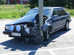 automobile, automotive exterior, family car, volvo 700 series, vehicle, compact car, bumper, sedan, land vehicle, luxury vehicle, motor vehicle,