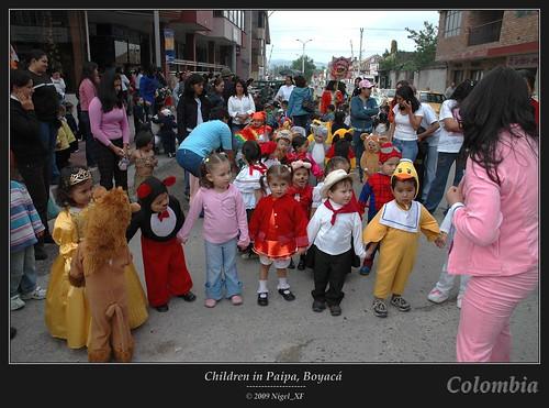 kids children costume nikon colombia d70s nikond70s kinder nigel kolumbien boyaca kostüm boyacá paipa cild nigelxf