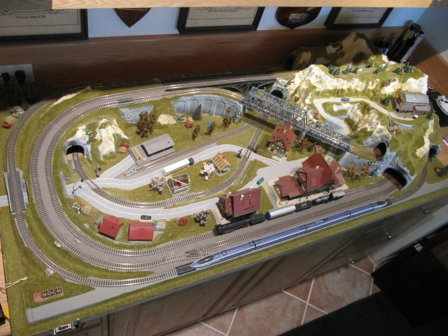 how to build n scale train layout ta