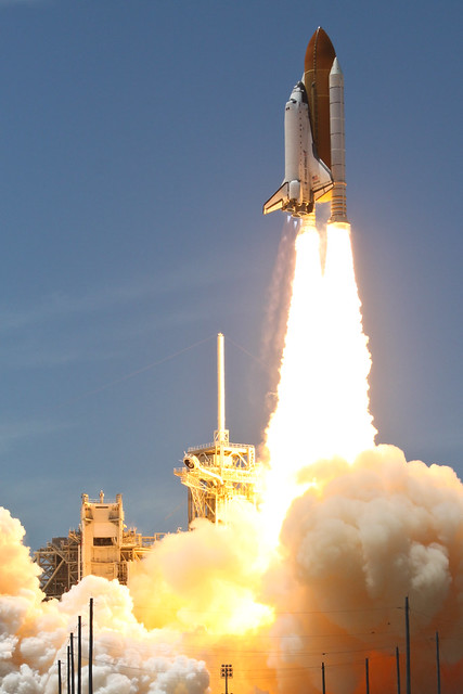 STS-132, Launch of Atlantis