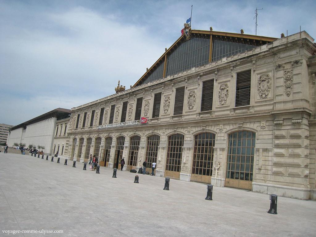 Paysages de france vu d 39 un tgv paris marseille vicedi voyager comme ulysse - Distance gare saint charles port marseille ...