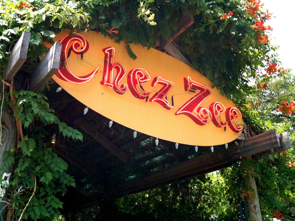 Chez Zee