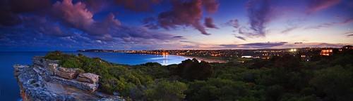 sunset beach geotagged australia headland curlcurl geo:lat=33766956 geo:lon=151301951
