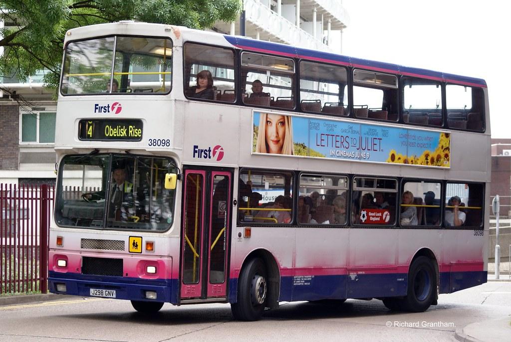 First Northampton 38098, J298GNV.