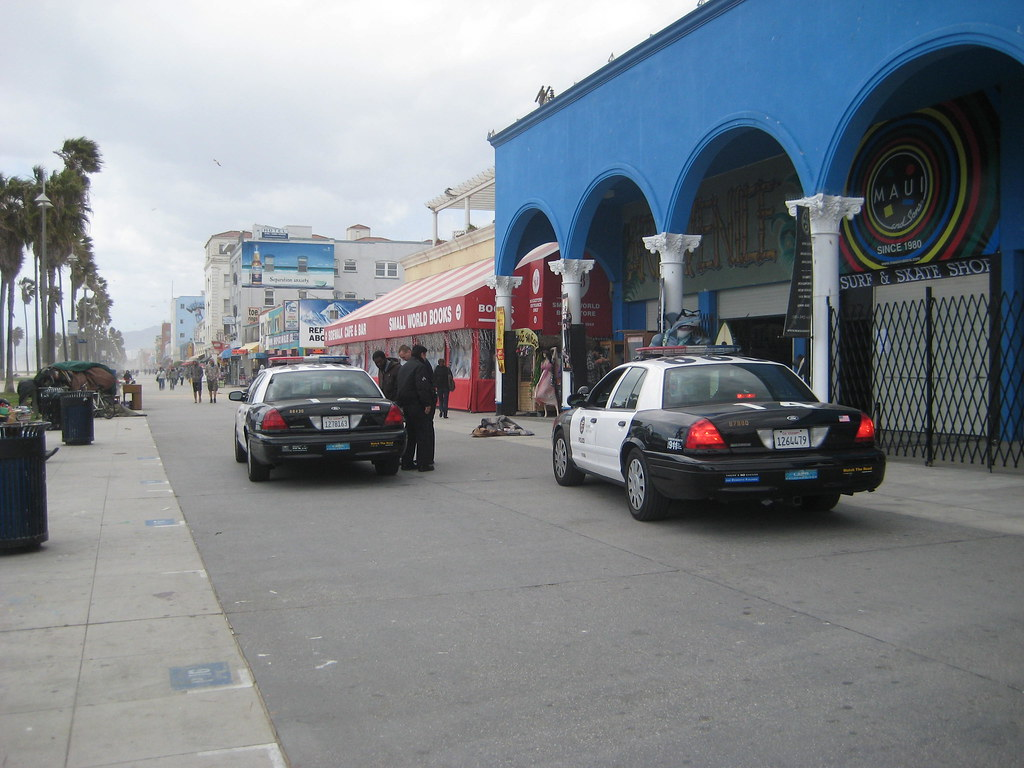 April 11-15, 2009 Police cars venice beach california 267