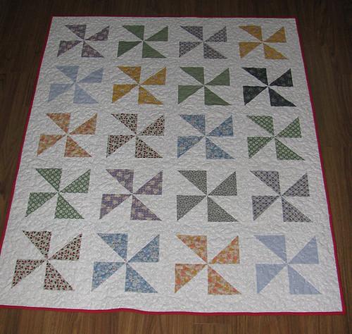 Pinwheel quilt front