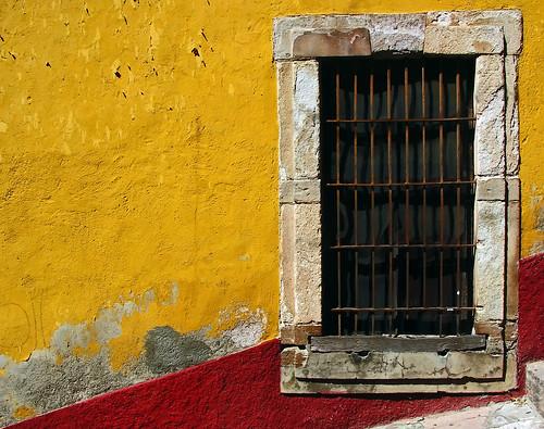 window mexico ventana finestra giallo guanajuato rosso messico estadodeguanajuato