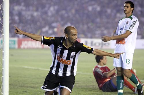 Atlético x Ipatinga 02.05.2010