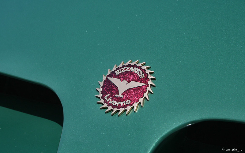 1967 Bizzarrini Strada - green - badge