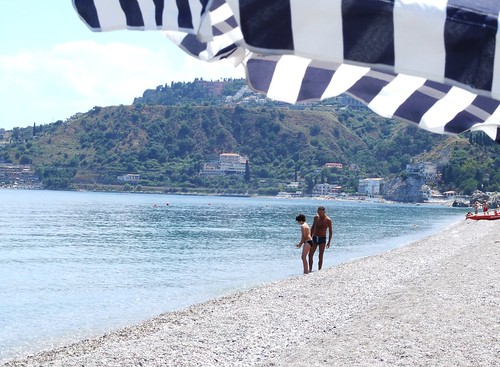 Sea Beach Taormina Sicilia Italy - Creative Commons by gnuckx