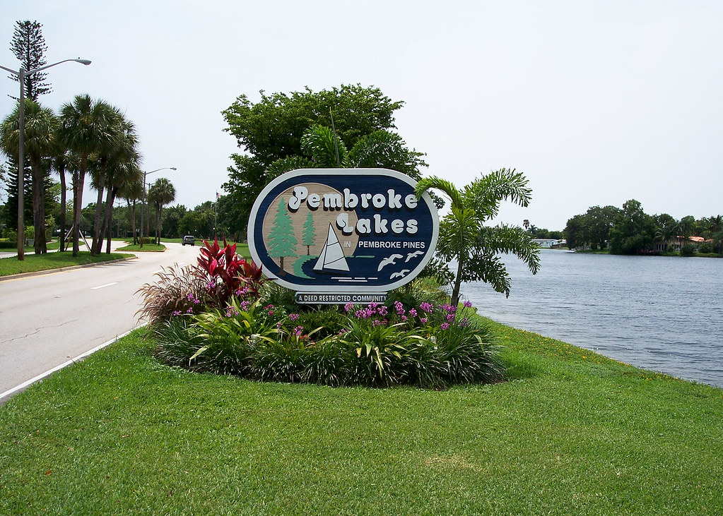 1601 sw 128th ter 211a, pembroke pines fl 33027 is listed for sale as mls listing a10272753 photo #1
