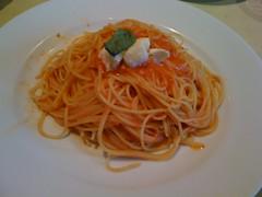 linguine(0.0), produce(0.0), spaghetti alla puttanesca(1.0), bucatini(1.0), spaghetti(1.0), pasta(1.0), spaghetti aglio e olio(1.0), naporitan(1.0), pici(1.0), food(1.0), dish(1.0), chinese noodles(1.0), capellini(1.0), carbonara(1.0), cuisine(1.0),