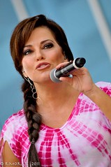 Robin Meade Measurements http://www.flickr.com/photos/zir6/5837407150/meta/