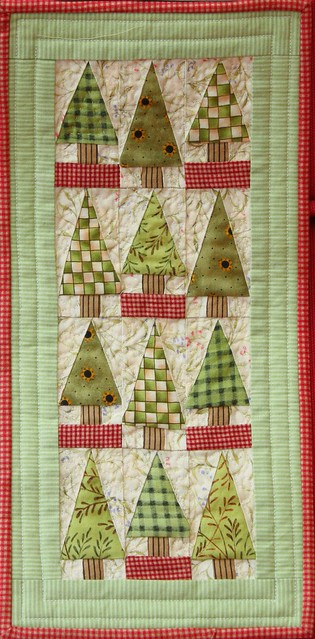 Little trees miniature patchwork quilt