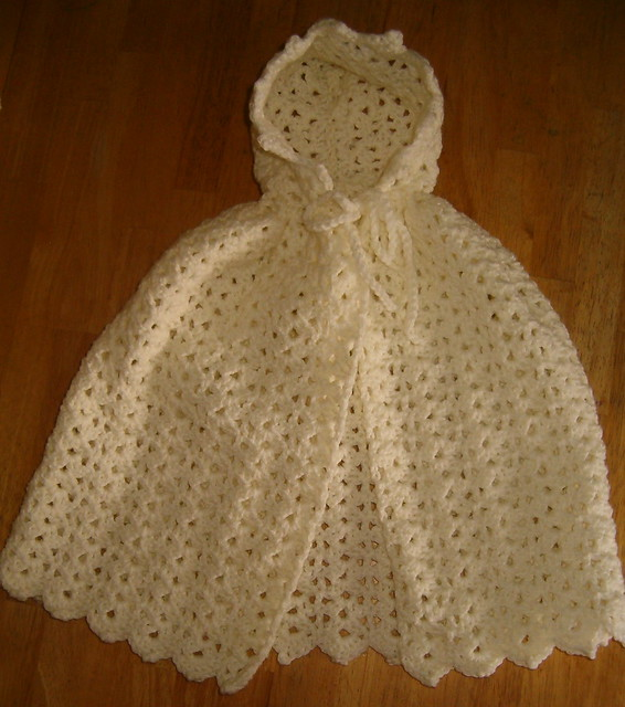Free Crochet Pattern Child s Hooded Cape : Crochet Hooded Cape Pattern Patterns Gallery