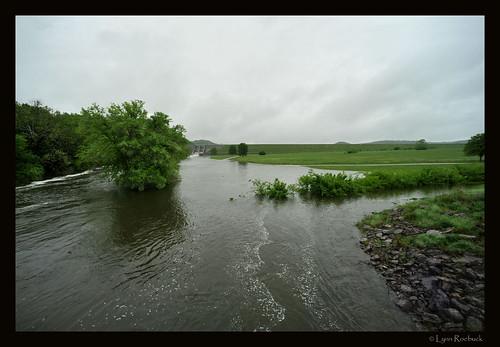 nature landscape flooding flood drought floodgate nationalgeographic spillway waterwatereverywhere duckriver normandydam coffeecountytennessee bedfordcountytennessee tnvalleyauthoritydams duckriverfloodtn normandyisthelargestnonpowergeneratingtvadamonanytennesseerivertributary