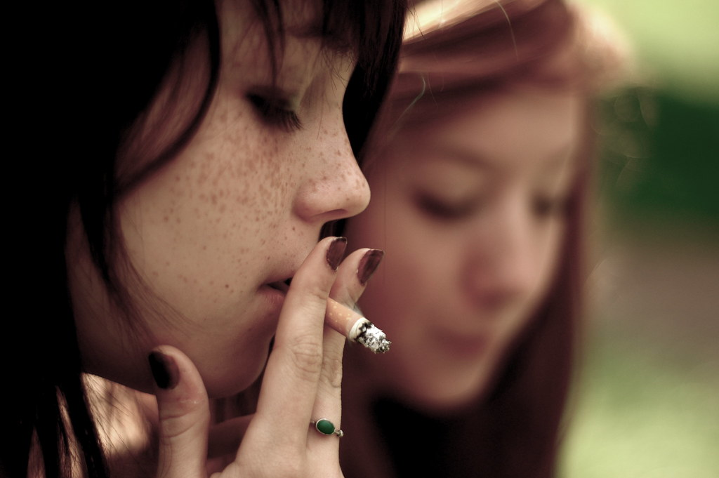 Smoking can cause oral health problems
