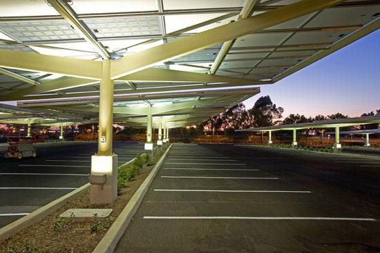 Paneles Solares en Estacionamientos