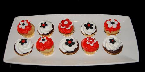Cake Decorating Classes Scottsdale : Simply Sweets Cake Studio, Scottsdale Phoenix, AZ -custom cakes, cupcakes & chocolates: June 2009