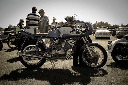 classic-motorcycle--0133