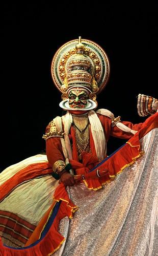 india colour art dance bangalore performance kerala anger visual drama soe kathakali classicaldance platinumphoto vesham raudram raudrabheeman