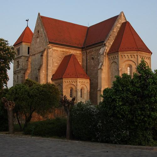 church templom ócsa premontrei medvekoma