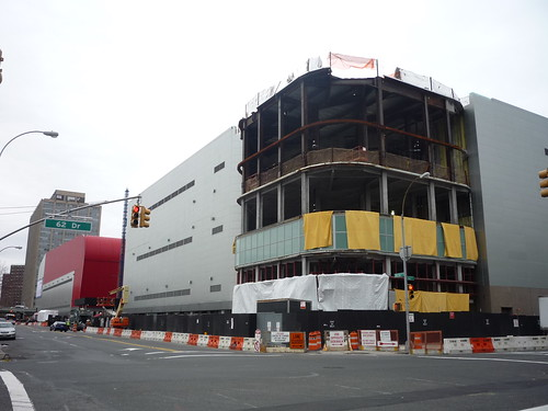 Queens Crap Home Depot May Pull Out Of Rego Park Mall