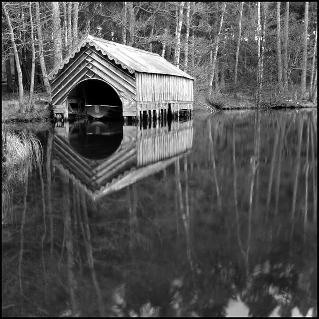 Dhu Loch Boathouse