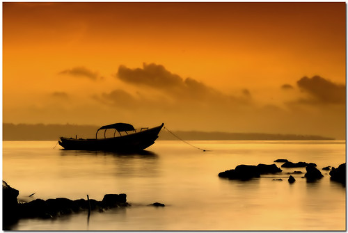 morning sea water sunrise boat still wide calm serene havelock andaman aplusphoto pentaxk200d penta1855mm gradsunsetfilter