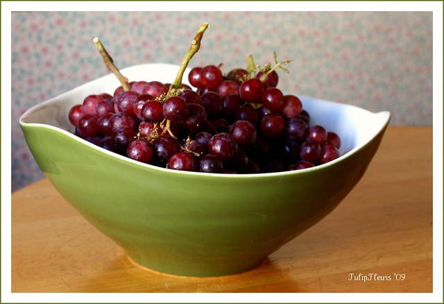 A Big Bowl Of Red Grapes Flickr Photo Sharing
