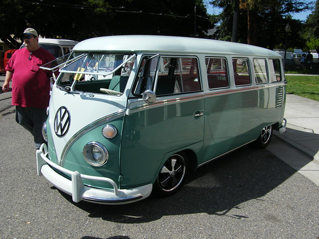 Flickr photo sharing for 18 window vw bus