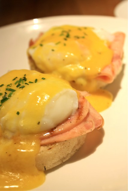 Eggs benedict @ Plan b., Bangsar Village I