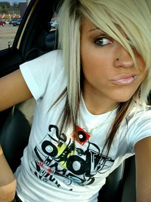 blonde-brown scene hair | i do not own. (i want a lip ring l