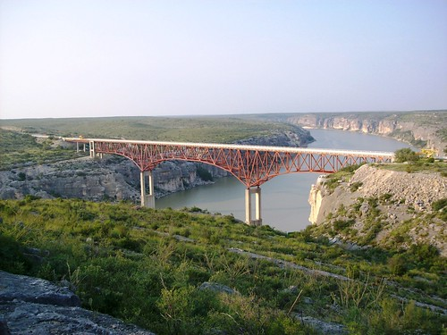 Scenic view of the Pecos River Bridge at US 90 (pecosbridge36xy)