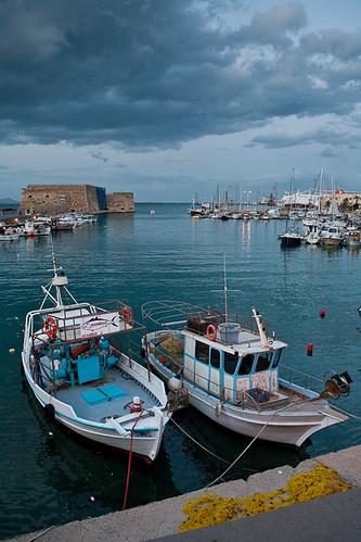port geotagged boats harbor harbour greece crete canonef2470mmf28lusm heraklion canoneos5d 250v10f geo:lat=3534303 geo:lon=25134675 gettyimagesgreece1