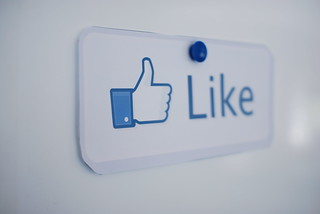 Guest Post: How Print Marketing Can Generate Facebook Likes