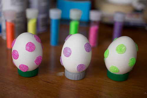 Glitter Dot Easter Eggs-23.jpg