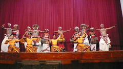 kandyan dance(1.0), performing arts(1.0), musical theatre(1.0), stage(1.0), folk dance(1.0), entertainment(1.0), dance(1.0),