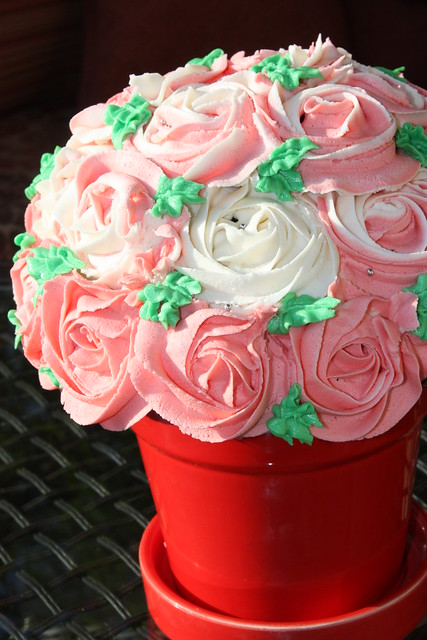 cupcake roses bouquet